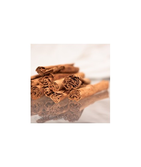 Organic Cinnamon Flavor Oil (Hot and Spicy)